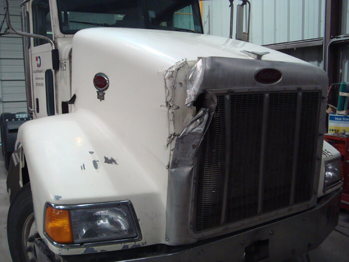 peterbilt body repair austin